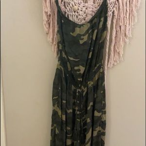 Boutique(Elan)camo strapless jumpsuit size Medium